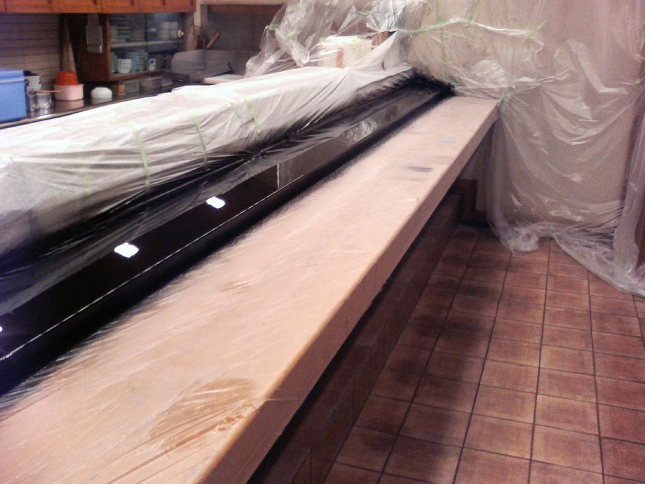 木製カウンターの補修